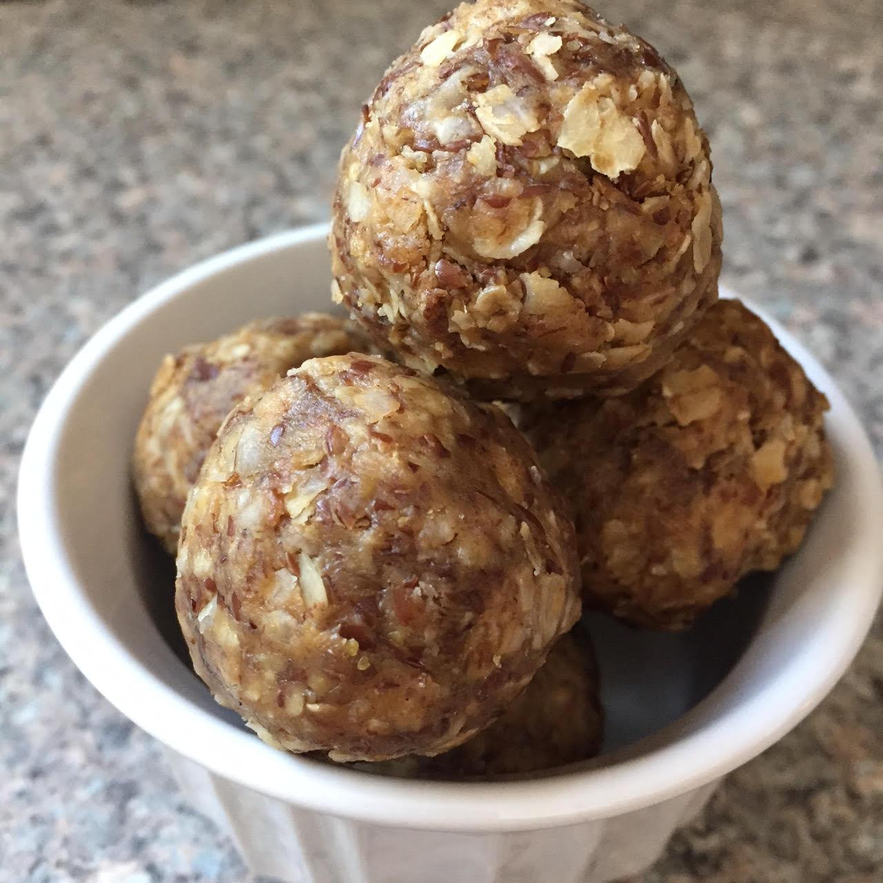 No Bake PB oatmeal energy bites
